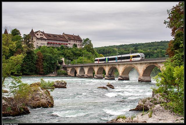 GTW 2/8 526 787 @ Neuhausen Rheinfall