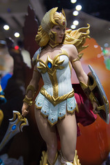 SDCC 2017 - Sideshow Collectible's Booth - She-Ra Statue