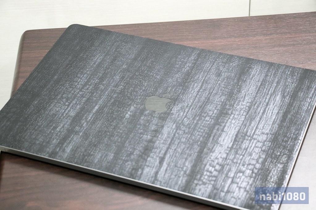 dbrand スキンシール iPhone iPad MacBook Pro24