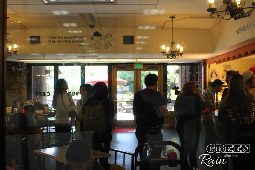 170528f Charles M Schultz Puppy Cafe Santa Rosa  _08