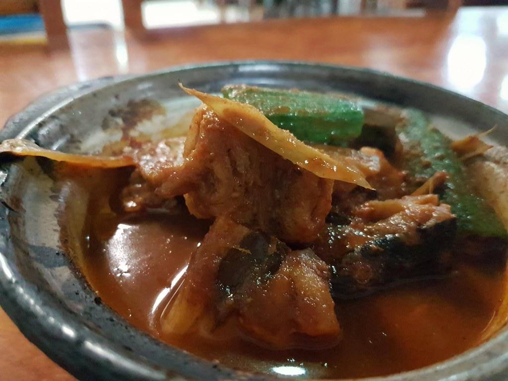 泰式葡鱼 Thai Style Ray Fish $14.90 @ Jom Makan Place at KL Wisma UOA2