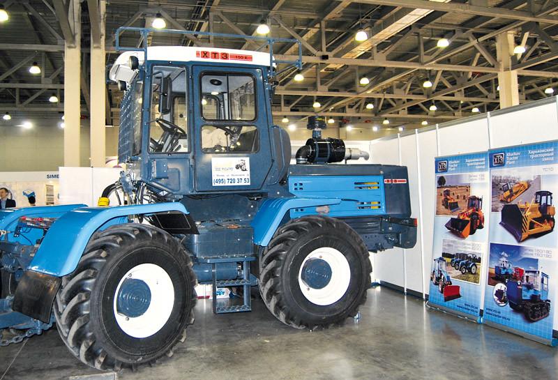 колёсный трактор ХТЗ-150К