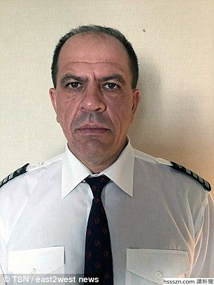 42D7473300000578-4745958-Captain_Alexander_Akopov_pictured_has_been_awarded_Turkey_s_Orde-a-62_1501495893674_306_408