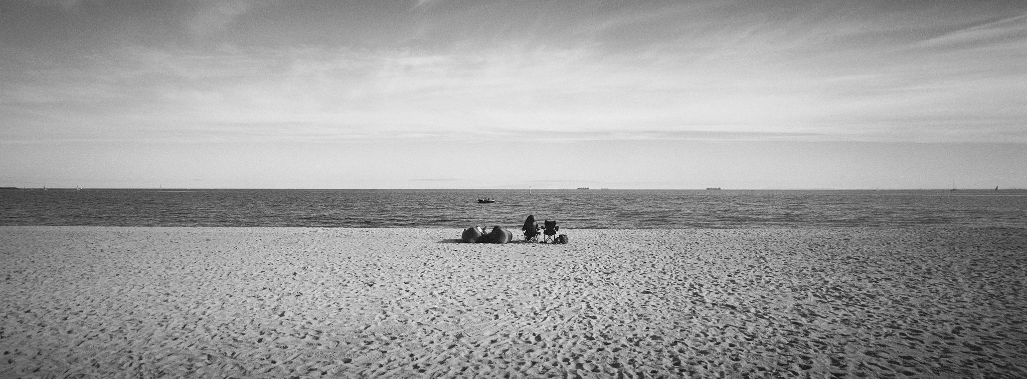 Elwood Beach ix