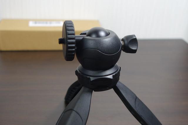Balckcase ミニ三脚/卓上三脚 スマートフォン用三脚 軽量 自由雲台 1/4ネジ Gopro/ビデオカメラ/ミラーレス一眼/LEDビデオライト/スピードライト対応可能 (Balck)
