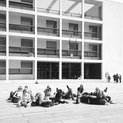 my students in front of terragni's casa del fascio, 1932-36
