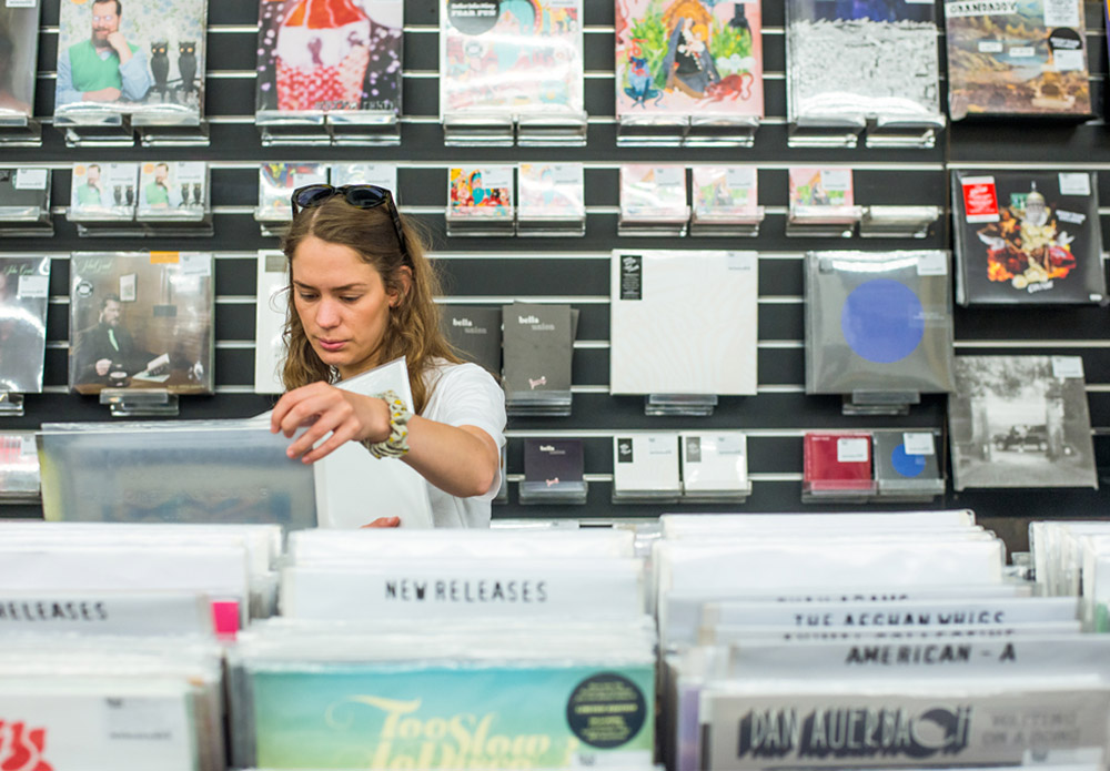 Anna-of-the-North-Record-Shopping-4