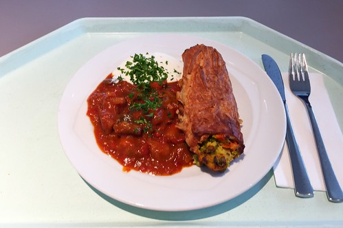 Vegetable strudel with dip & ratatouille / Gemüsestrudel mit Dip & Rataouille