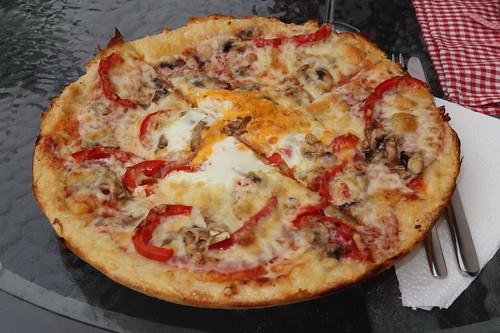 Pizza 4 Jahreszeiten von der Pizzeria Maro in Poppenhausen (Wasserkuppe)