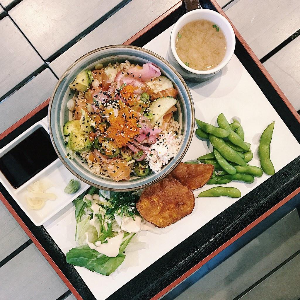 3432-foodie-flatlays-clothestoyouuu-elizabeeetht-pokebowl-poke-myosushi-sushi-sashimi-dinela-lifestyle-dtla