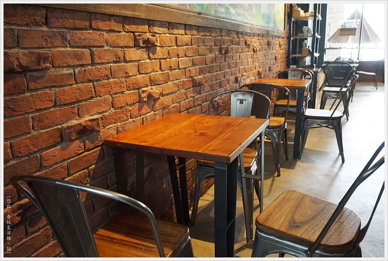 冰河咖啡-座位-3