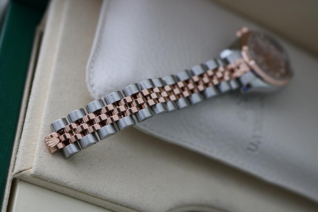 Đồng hồ rolex datejust Nữ 6 số 179171 – Mặt vi tính – Đè mi vàng hồng 18k – size 26mm