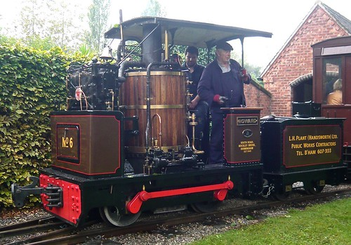 'Howard' No.6 0-4-0VB at the 'Statfold Barn Railway' on 'Dennis Basford's railsroadsrunways.blogspot.co.uk