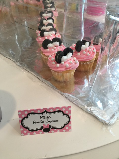 Minnie's Amazing Cupcakes