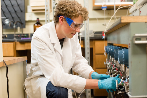 A Summer Undergraduate Research Intern tackles oil and gas challenges in the lab