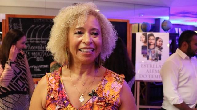 """Sonia Guimarães no lançamento do filme """"Estrelas Além do Tempo"""" - Créditos: Reprodução/Norma Odara"""