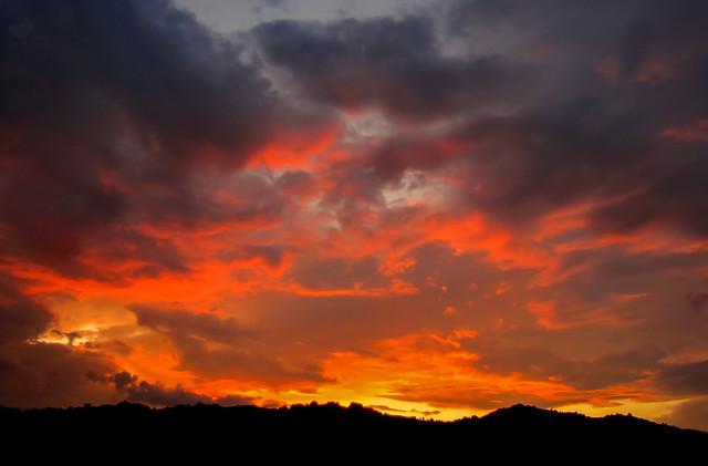 Fiery sunset, Canon POWERSHOT SX10 IS