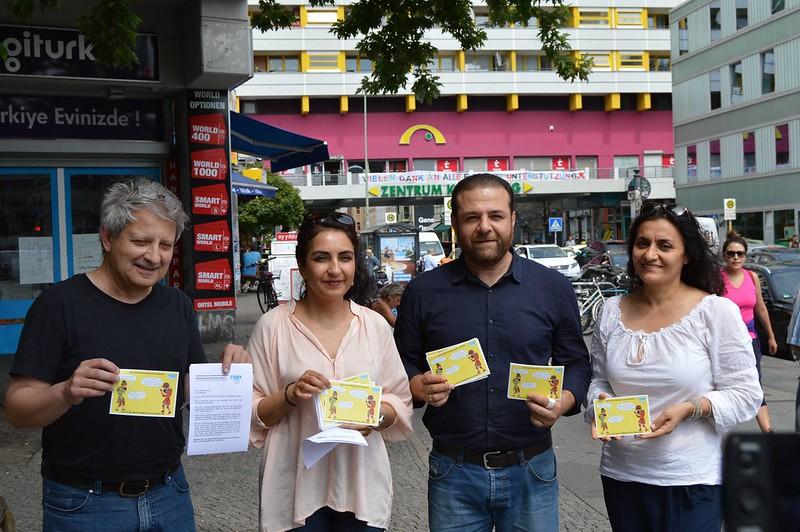 TBB seçim kampanyası ''Hacivat ile Karagöz yine yollarda''