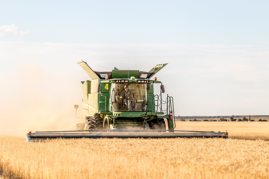 High Plains Harvesting 2017 (Laura)