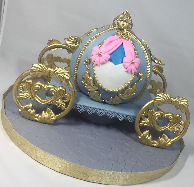 Cinderella Carriage Cake from Cakes by Maray