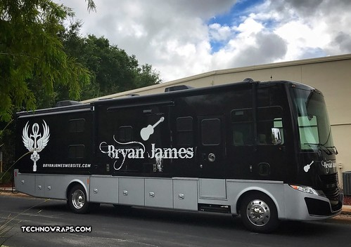 RV wrap in Orlando by TechnoWraps
