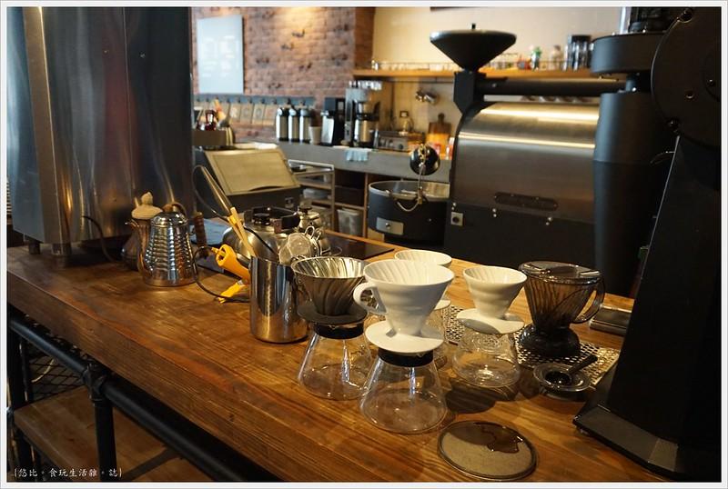冰河咖啡-手沖咖啡區-1