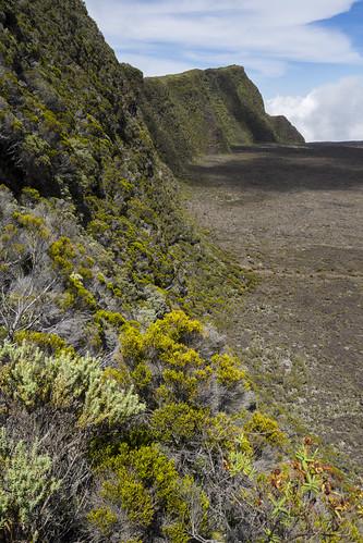îledelaréunion mistaluis reunionisland caldera volcano pitondelafournaise france