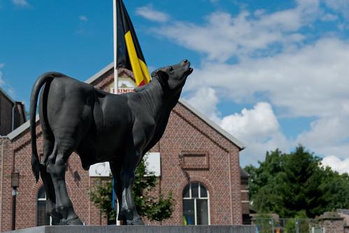 Grote-Spouwen, Beeld Kalf van Spaen.