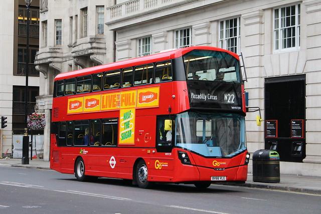 London General WHV159 on Route N22, Green Park
