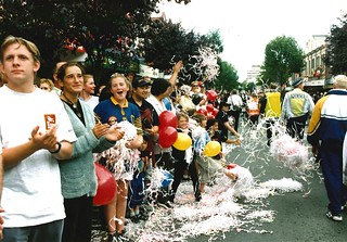 The crowds along George Street, America's Cup Parade 2000