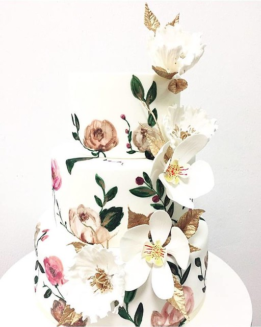 Hand Painted Details and Sugar Flowers by CynfullySweets
