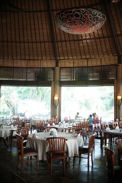 tsavo lion restaurant bali