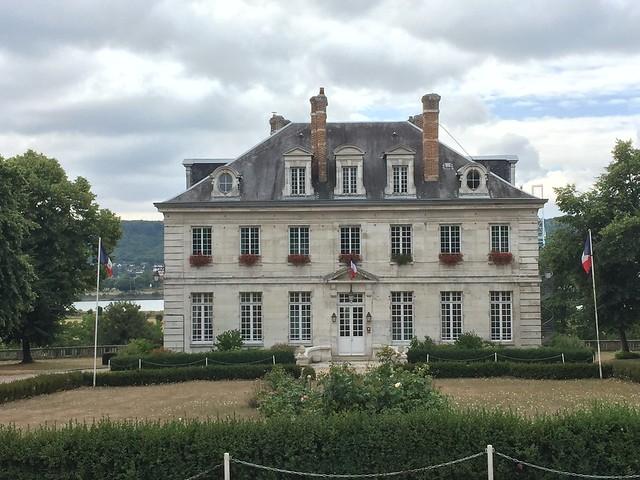 Hautot-sur-Seine24