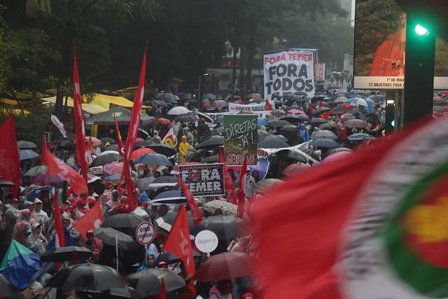 No dia da votação contra Temer, Frente Brasil Popular chama ato em todo país
