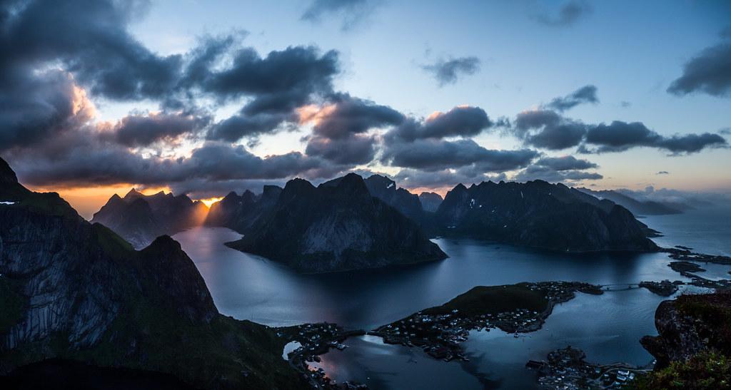 Lofoten Islands - Last night with midnight sun