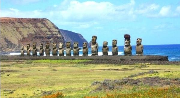La grande statue de l'île de Lost . 35456656523_5c38e4a6bf_o