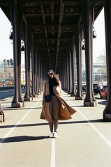 The famous Bir Hakeim bridge - Paris