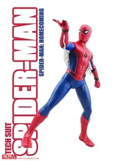 超豐富聲光效果的電影蜘蛛人返校日玩具!孩之寶「漫威蜘蛛人終極電子聲光15吋人物」開箱報告