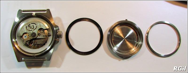Ce qu´il y a dedans d´une Vostok Amphibia, avec des photos. 35808841112_09618af864_b