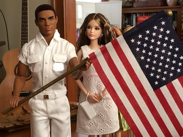 Pics of the 4th of July dolls that were congregating on the coffee table.