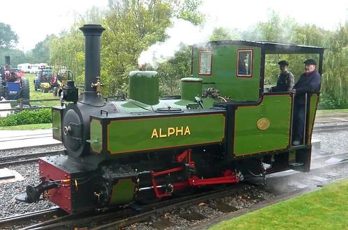 'Alpha' 0-6-0T at the 'Statfold Barn Railway' on 'Dennis Basford's railsroadsrunways.blogspot.co.uk