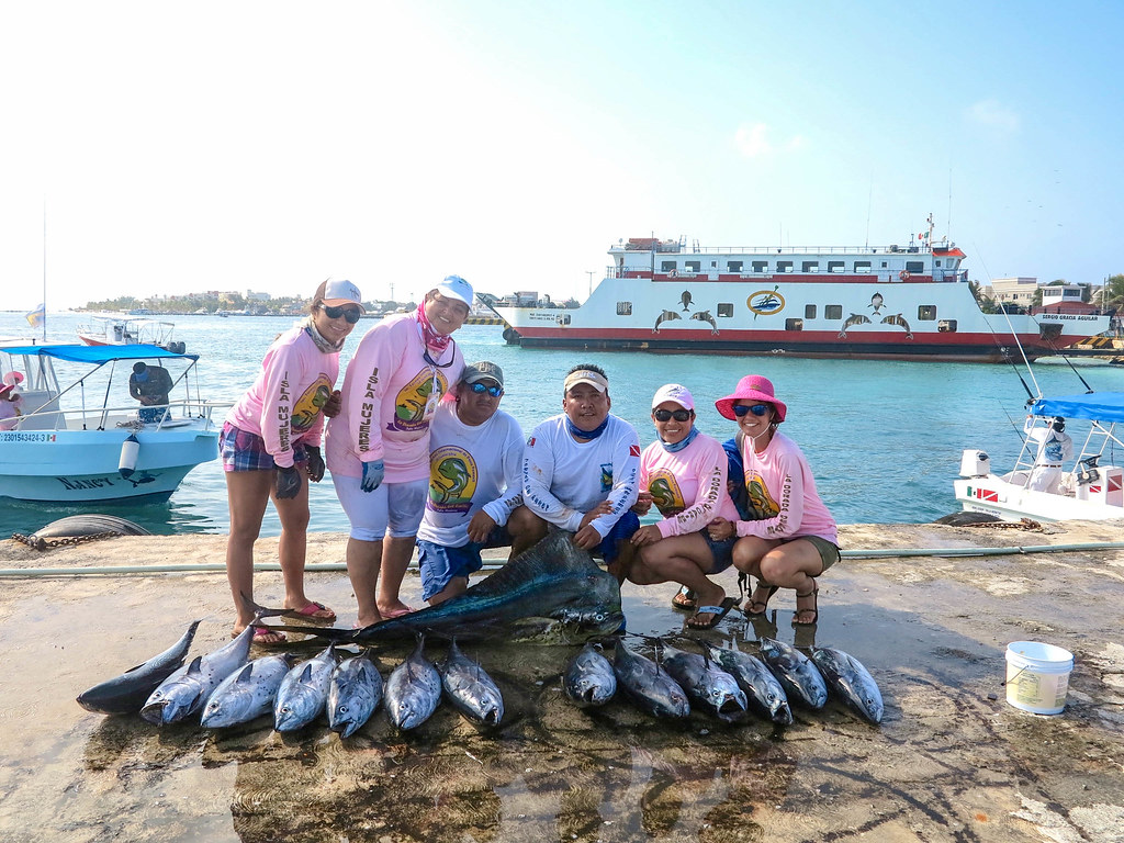 Concurso de pesca en Isla Mujeres