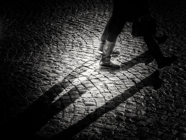 footsteps, Sony DSC-HX7V