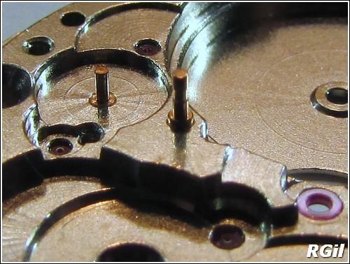 Ce qu´il y a dedans d´une Vostok Amphibia, avec des photos. 35139608074_3feffa19c1