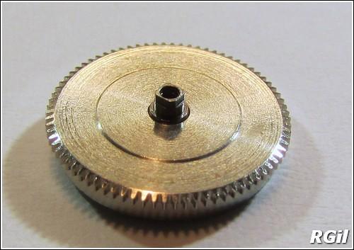 Ce qu´il y a dedans d´une Vostok Amphibia, avec des photos. 35139608124_d0a39d978a