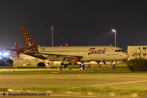 F-WWBP / PK-LUW Airbus A320-214 7819 Batik