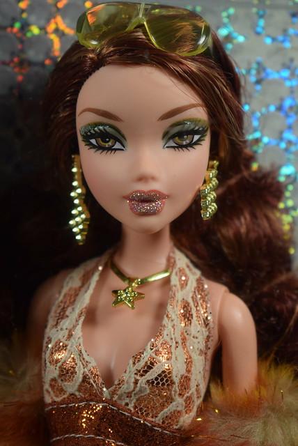 2005 Barbie My Scene Super Bling Chelsea J1040 (1)