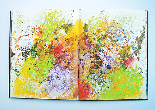 More-messy-backgrounds-in-my-art-journal1