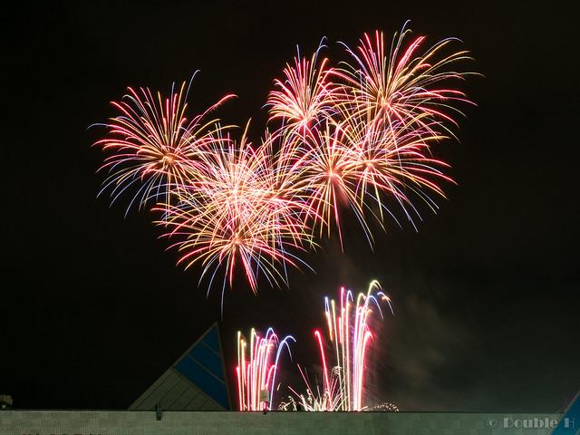 handheld shot of Chitose Doshin Fireworks 2017 (9)