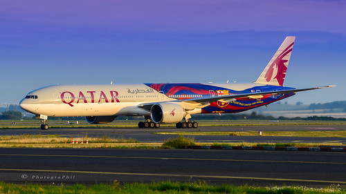 """QATAR AIRWAYS """"FC BARCELONA"""" B777-3DZ(ER)"""""""